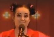 Parodie de la gagnante israélienne Netta Barzilai à l'Eurovision
