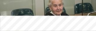 17.10.2017 - A 88 ans, «Mamie nazie» condamnée à six mois de prison pour négationnisme par la...