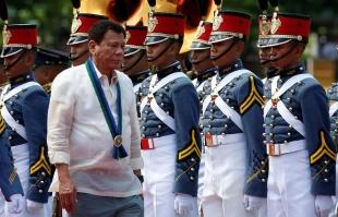 25.08.2016 - «S'ils résistent, tuez-les» : déjà 1 900 morts dans l'épuration antidrogue aux Philippines