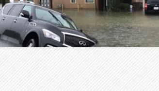 Le Texas a déployé 3 000 troupes d'État et de garde nationale au milieu d'une inondation...
