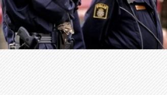 Des policiers fuient d'un camp de migrants suédois après une agression de masse