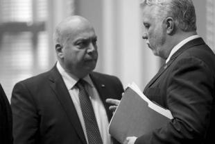26.08.2016 - Couillard est-il en train de perdre son caucus?