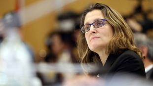 22.10.2016 - CETA / AEGC : Chrystia Freeland chahutée après sa déclaration jugée